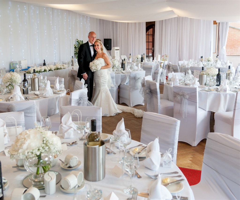 Wedding receptions brickendon grange golf club we are able to cater for up to 90 guests for your wedding breakfast and up to 150 for your evening reception junglespirit Choice Image